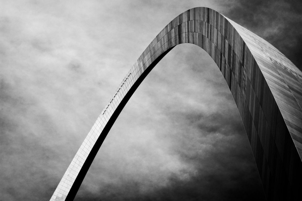 Saint-Louis-arch-Saarinen-lecatalog.com