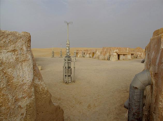 Star-Wars-Film-tatooine-ferme-lars-2-lecatalog.com