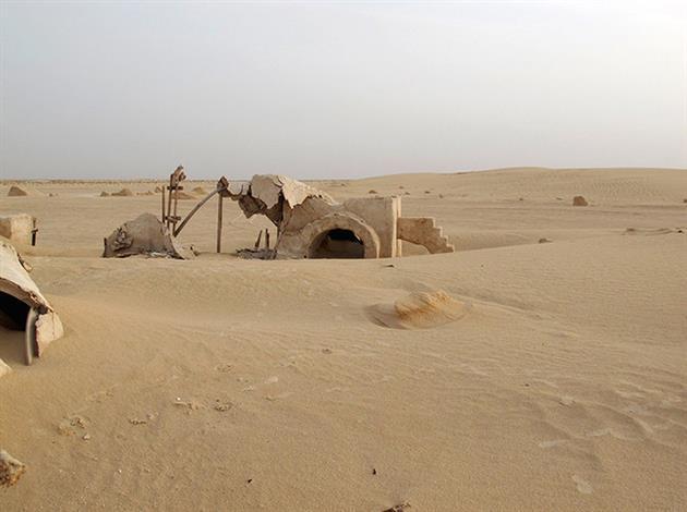 Star-Wars-Film-tatooine-ferme-lars-4-lecatalog.com
