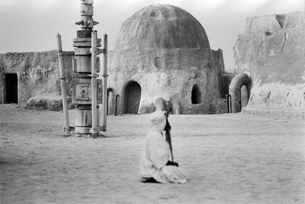 Star-Wars-Film-tatooine-ferme-lars-8-lecatalog.com