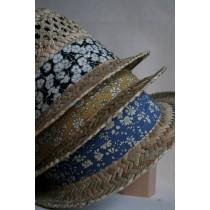 Les Chapeaux de l'été par les Cinq Lunes.