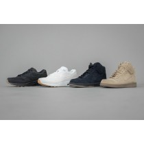 Nike + A.P.C. = Street culture + French Touch.