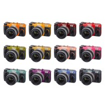Pentax Q10 : plus de 100 combinaisons de couleurs possibles.