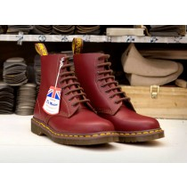 Doc Martens, un long processus de fabrication.