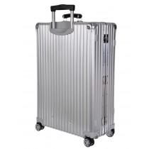 La valise Classic Flight 63 litres de chez Rimowa.