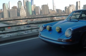 Conduire une ancienne à New York.