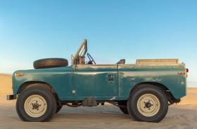 Le Land Rover 88 Serie 3 de Pawel Litwinski