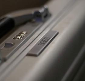 Zero Halliburton l'autre marque de valises en alluminium