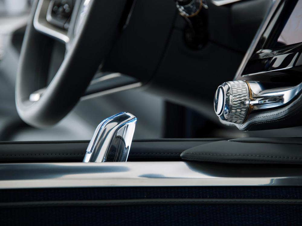 Volvo-Concept-Coupe-4-lecatalog.com
