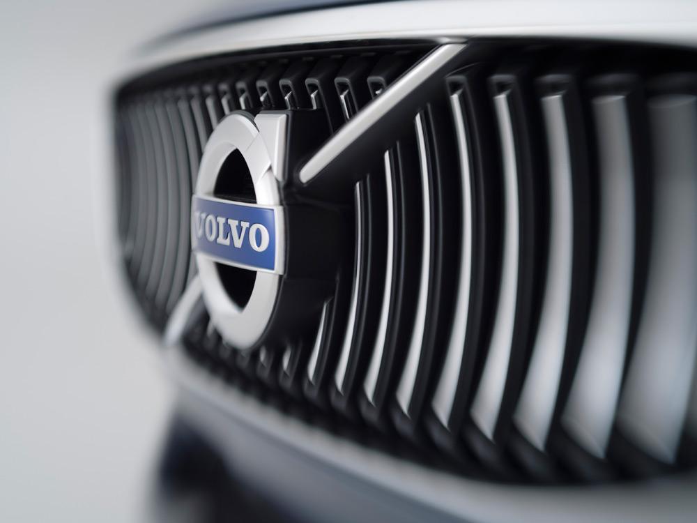 Volvo-Concept-Coupe-7-lecatalog.com