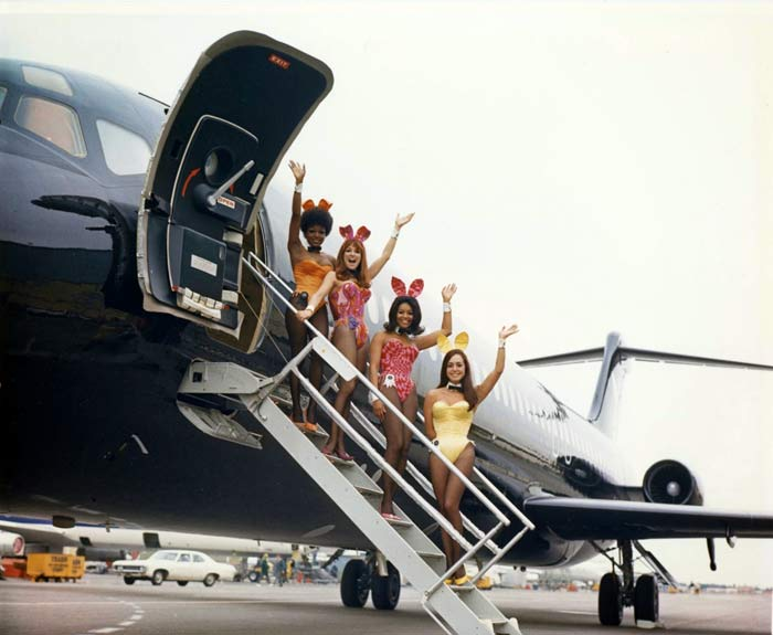 Big Bunny Hefner jet avion Playboy