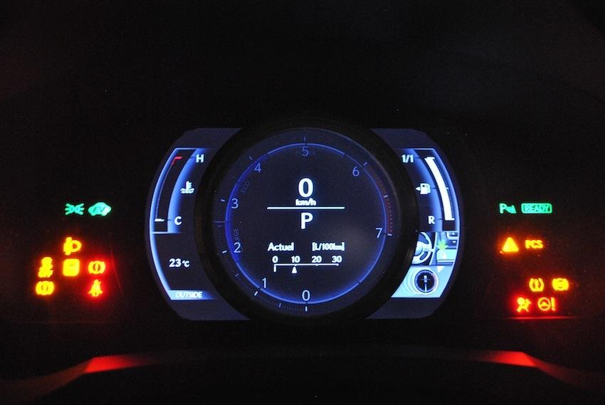 Lexus RC 300 H LeCatalog