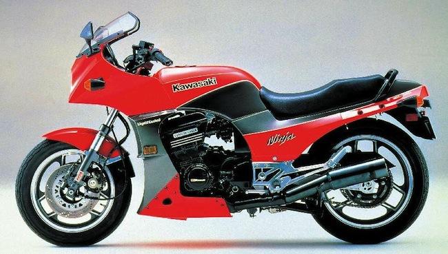 Kawasaki Ninja 900_LeCatalog