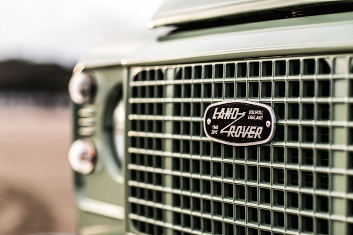 Land Rover Defender Heritage Edition Limitee