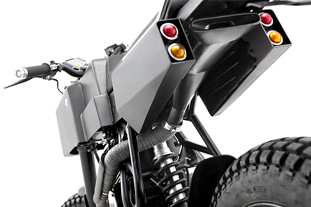 Yamaha Scorpio Thrive T005 Cross